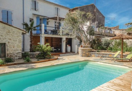 Villa in Puimisson, the South of France