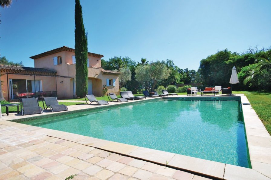Ramatuelle holiday villa rental with private pool