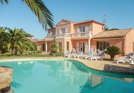 Villa in Cers, the South of France