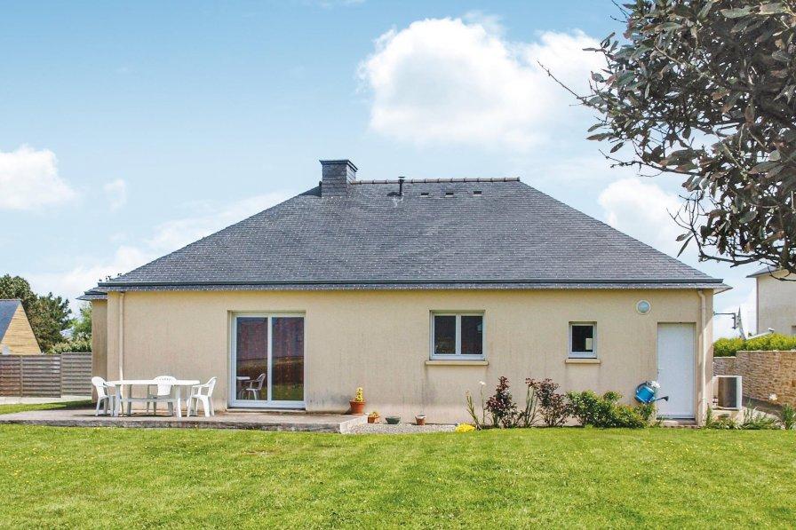 Villa in France, Landéda