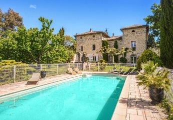 8 bedroom Villa for rent in Ales