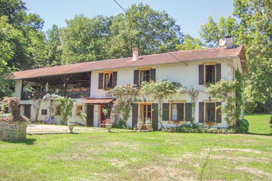 Villa in France, Fabas