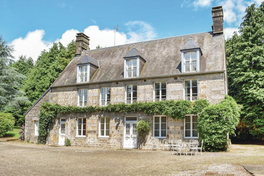 Villa To Rent In Saint Cl Ment Rancoudray France 193189