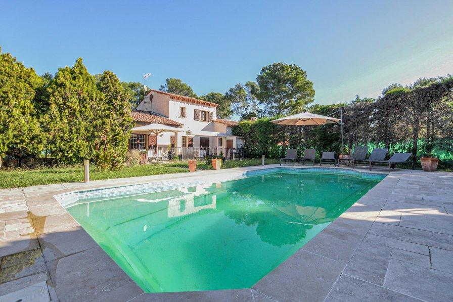 Villa with private pool in Les Colles-Camp Lauvas-Font de l'Orme