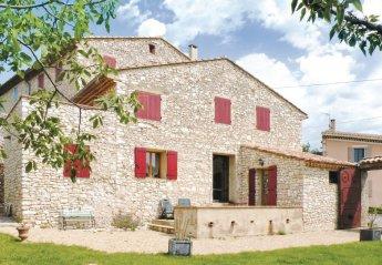 Villa in France, Méthamis