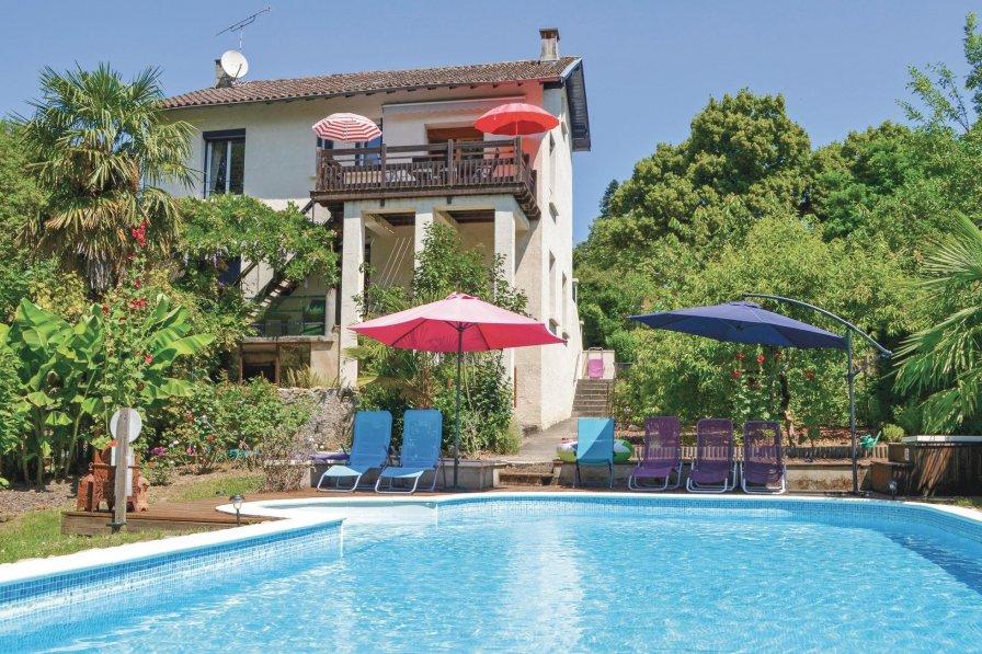 Villa in France, Laguépie