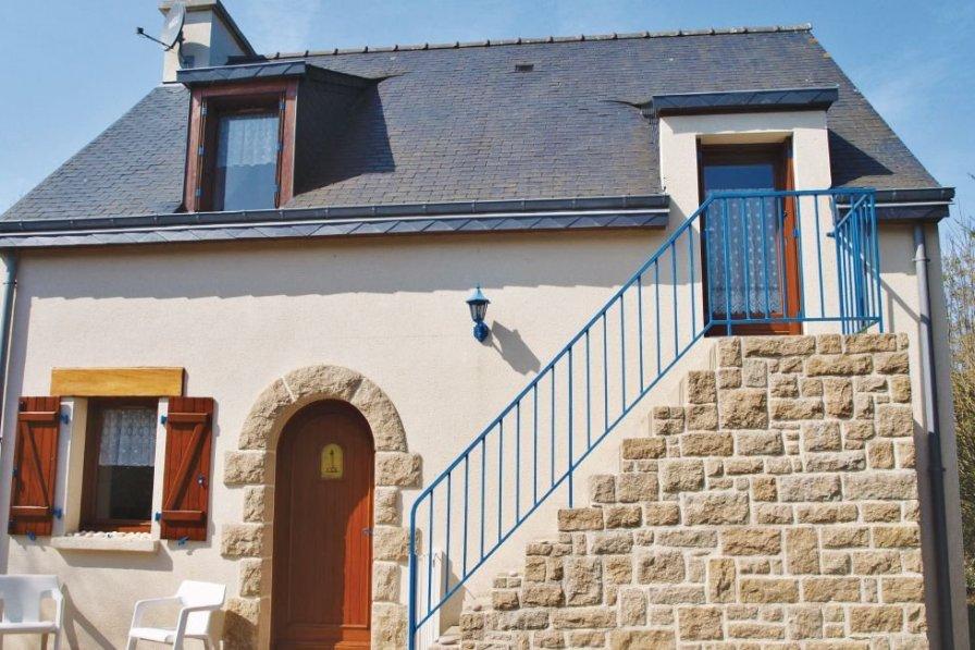 Villa in France, Plévenon