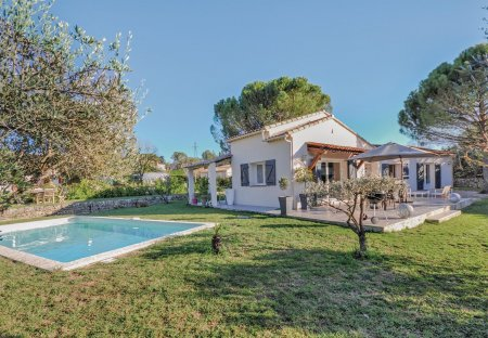 Villa in Peymeinade Est, the South of France