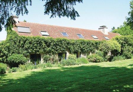 Villa in Hennebont Right Bank, France