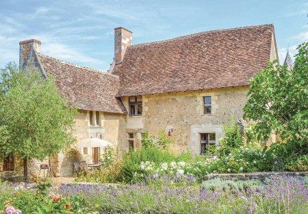 Villa in Cheillé, France