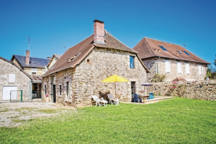 Villa in France, La Porcherie