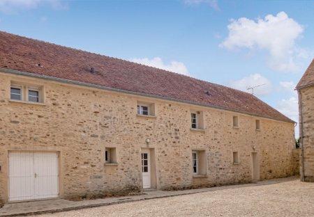 Villa in Vaudoy-en-Brie, France