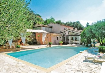 Villa in France, Tourves: