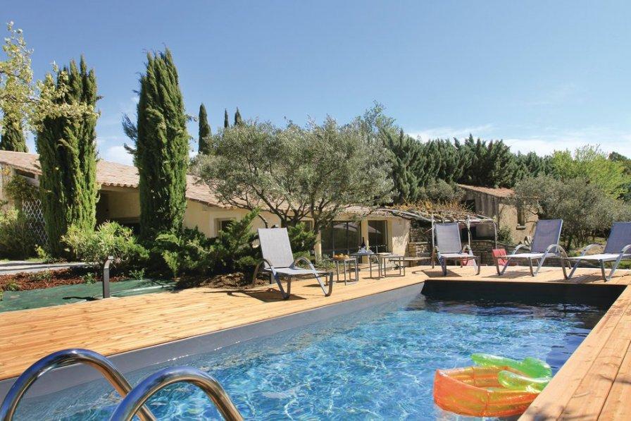 Villa to rent in Bonnieux