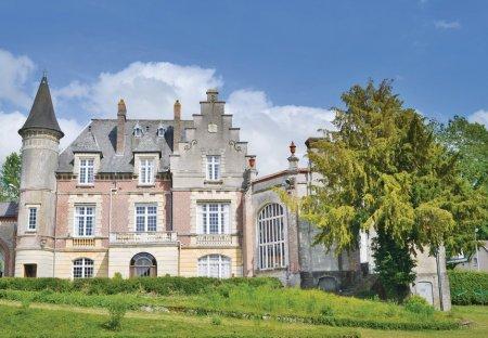Villa in Marconne, France