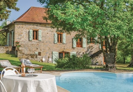 Villa in Caylus, the South of France