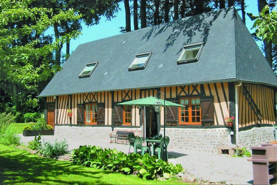 Villa in France, Hattenville