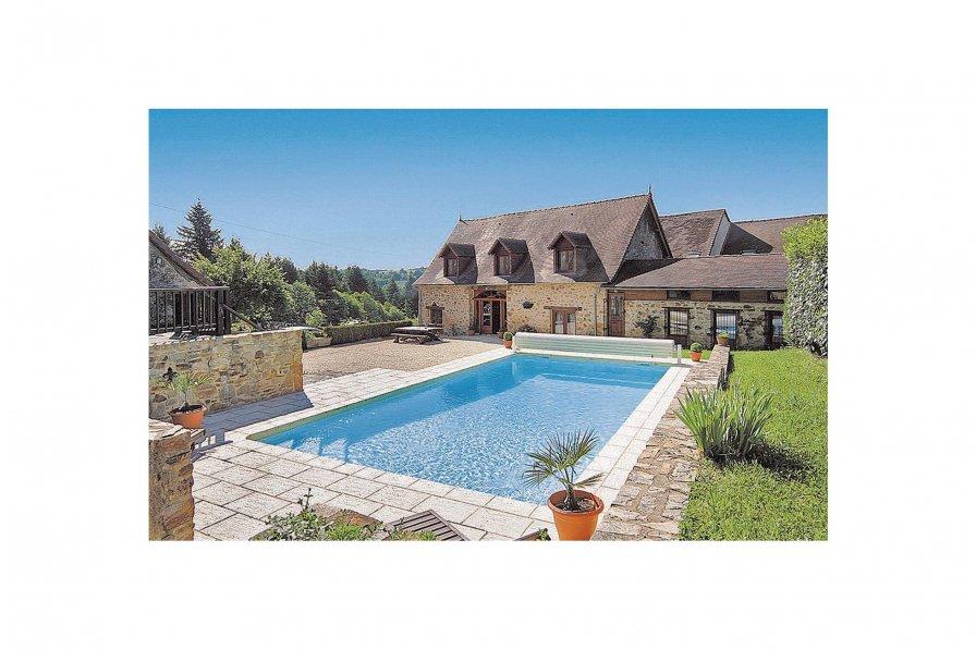 Villa in France, Le Chalard