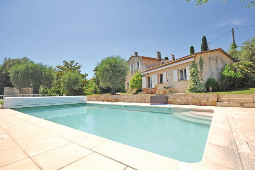 Villa to rent in Saint-Antoine
