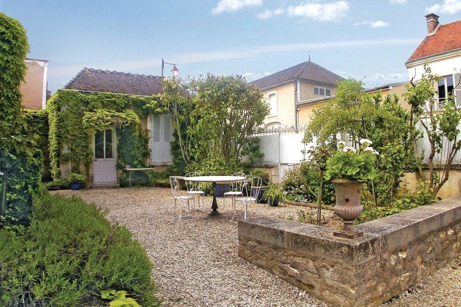 Villa in Yonne