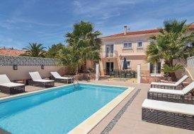 Villa in Le Grau d'Agde, the South of France