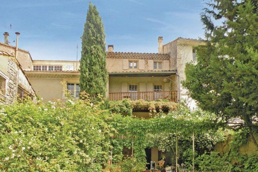 Villa in France, Saint-Didier
