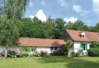 Villa in France, Saint-Denœux