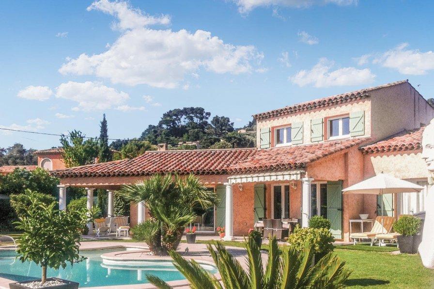 Villa to rent in Valmasque-Notre Dame de Vie