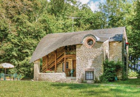Villa in Héry, France