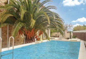 6 bedroom Villa for rent in Narbonne