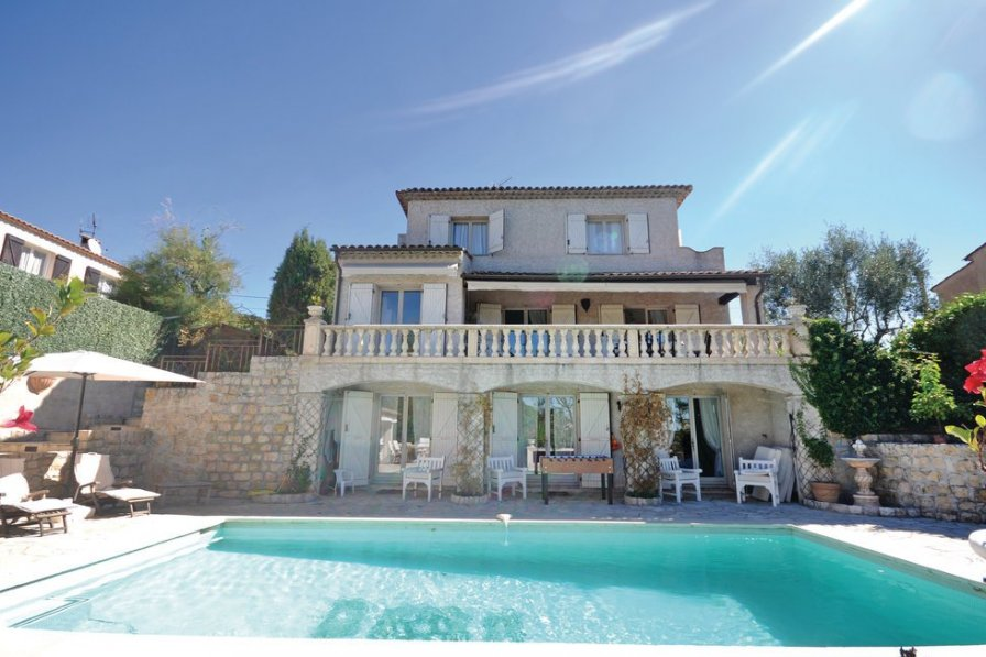 Villa with private pool in Saint-Pancrace-Pessicart