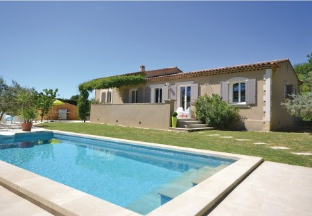 Villa in Cadenet, the South of France