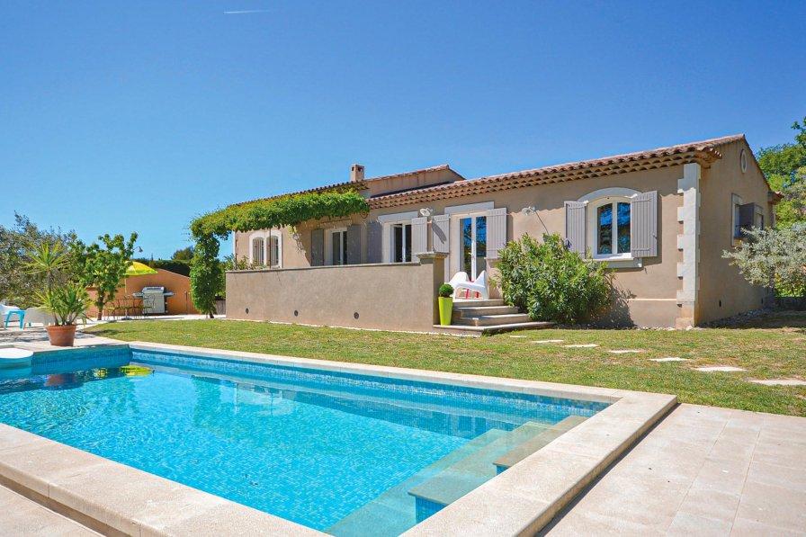 Villa in France, Cadenet