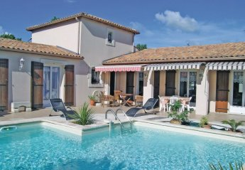 Villa in France, Aytre Bourg: