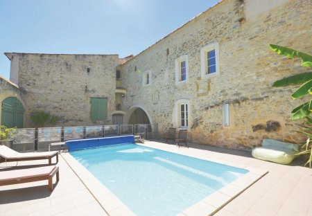 Villa in Sauzet (Nimes), the South of France