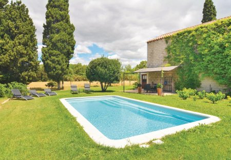 Villa in Secteur Rural-Hameaux, the South of France