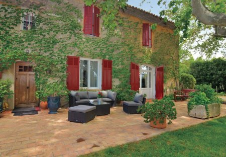 Villa in Secteur Rural-Hameaux, the South of France