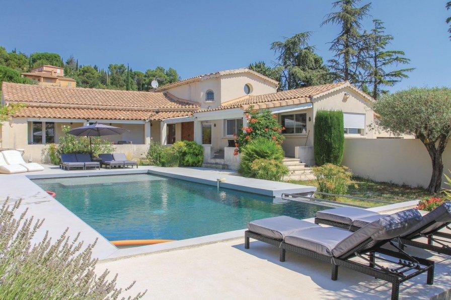 Villa in France, Rochefort-du-Gard