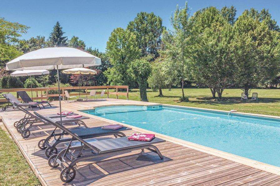 Villa in France, Serres-et-Montguyard