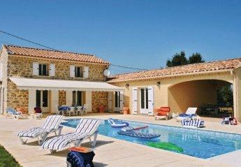 Villa in France, Saint-Remèze