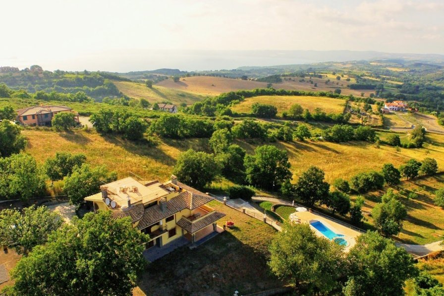 House in Italy, Montefiascone