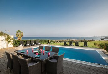 4 bedroom Villa for rent in Central Protaras