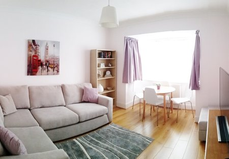 Apartment in Ickenham, London