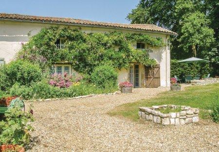 Villa in Lezay, France