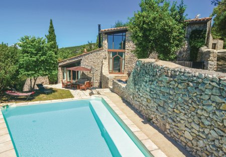 Villa in Bouquet, the South of France