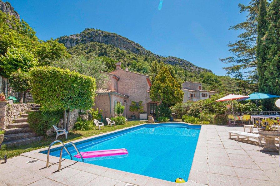 Villa in France, Tourrette-Levens