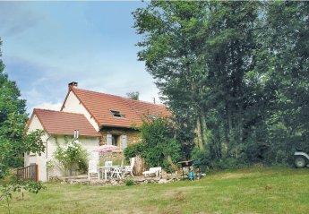 Villa in France, Moutier-Malcard: