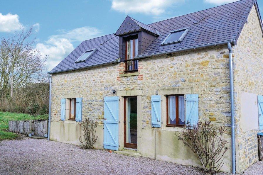 Villa in France, Brucheville