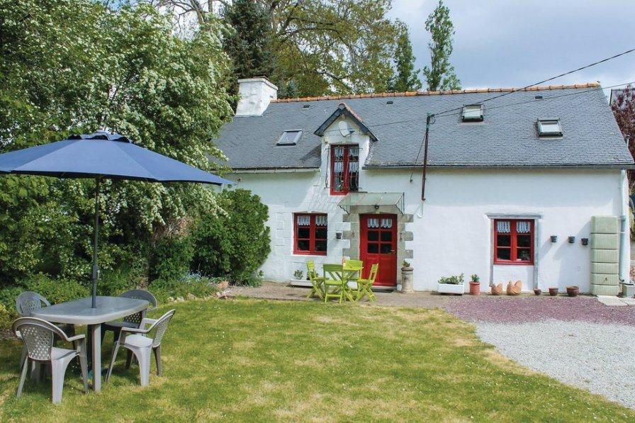 Villa in France, Noyal-Pontivy