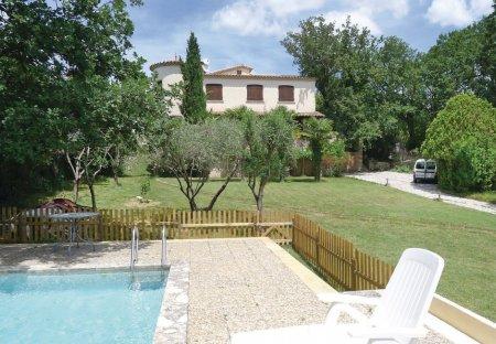 Villa in Méjannes-lès-Alès, the South of France